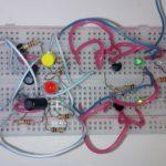 Дополнительная схема для Микроника: Игра — угадай какой светодиод загорится