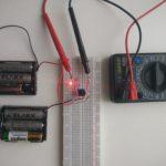 Микроник + мультиметр: Измеряем силу тока и напряжение светодиода