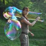 Огромные мыльные пузыри как сделать?